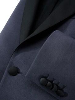 Gentleman`s Smokingjackett italienischblau Detail 4