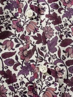 Liberty Hemd Berry Flowers weiß/beere Detail 4