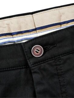 Neue-Werte-Chino schwarz Detail 3