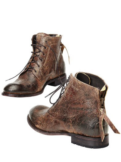 Adventure-Boot