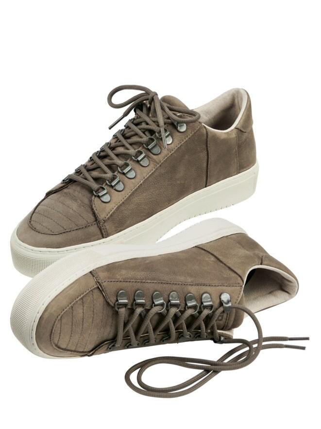 Tournament Sneaker